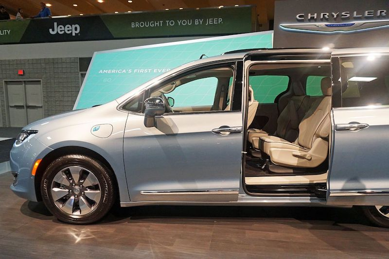 Chrysler to join BMW, Intel in autonomous driving consortium