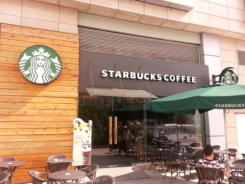 Starbucks stock falls, but one analystpredicts recovery