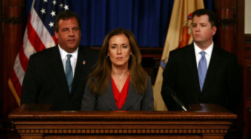 New Jersey Committee Interviews Christie's Top Aide on Bridge Scandal