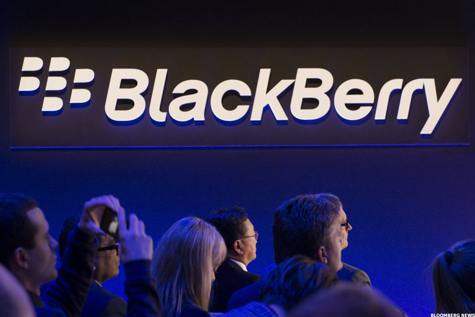 Blackberry Discusses Plan to Layoff More Employees