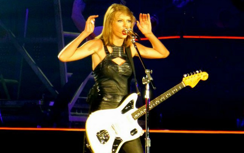 Taylor Swift is Not a Fan of 'Apple Music' and They Listened
