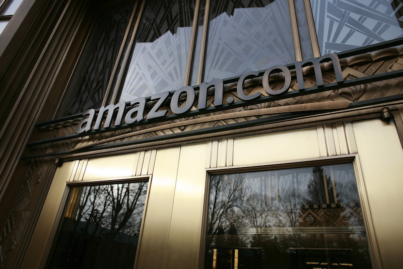 Amazon Instant Pickup will give customers their orders in two minutes